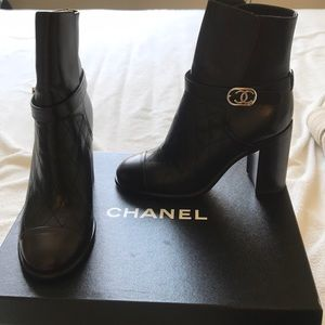 Chanel boots / booties size 37 BNWOT